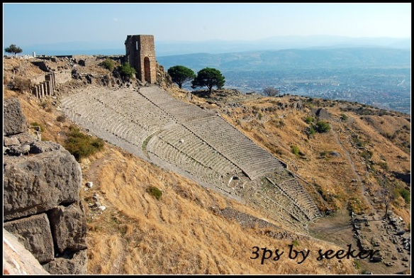 abandoned Pergamon Theatre (1)