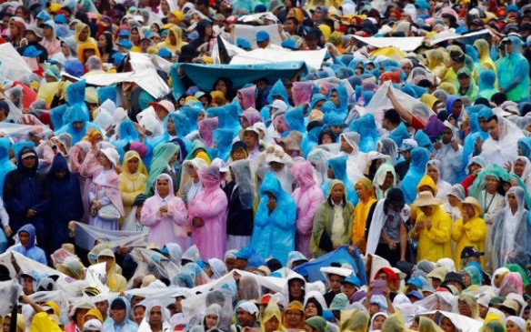 Catholic faithful attend an open-air Mass led by Pope Francis at Rizal Park in Manila. Picture: REUTERS