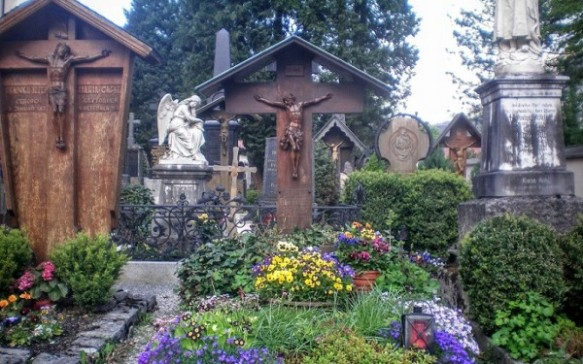 Church Cemetery at Obermmaragau